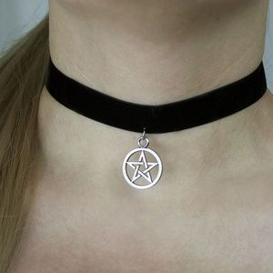Jewelry - Black and Silver Pentagram Choker